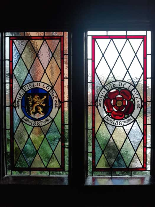 V25 VICTORIAN STAINED GLASS