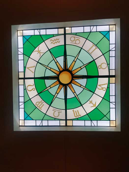 V27 VICTORIAN STAINED GLASS