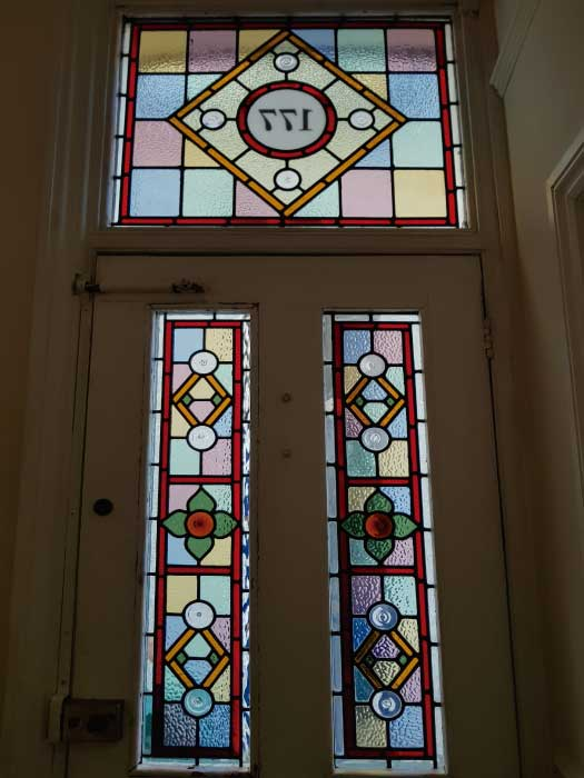 V28 VICTORIAN STAINED GLASS