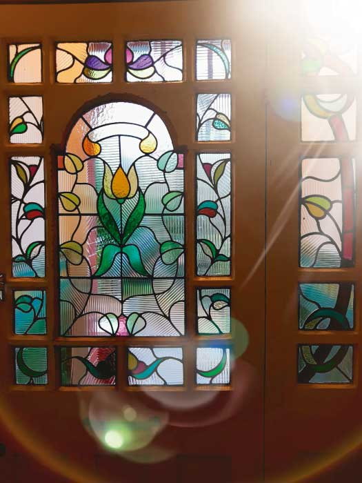 V29 VICTORIAN STAINED GLASS