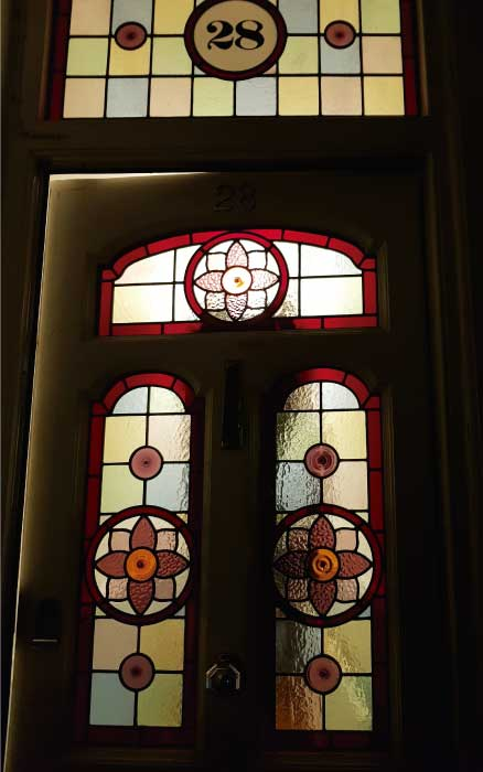E28 EDWARDIAN STAINED GLASS