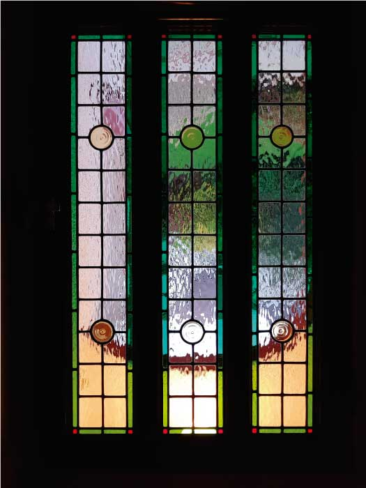 V33 VICTORIAN STAINED GLASS
