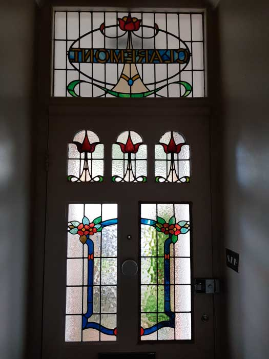 E29 EDWARDIAN STAINED GLASS
