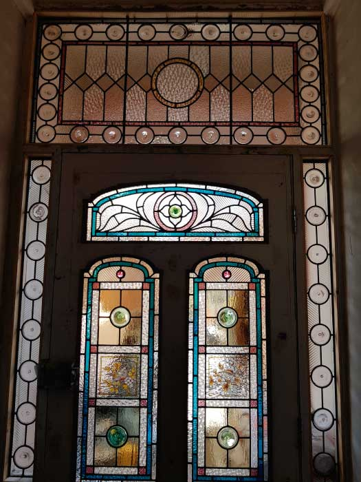 V41 VICTORIAN STAINED GLASS