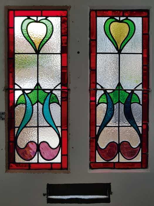 E33 EDWARDIAN STAINED GLASS