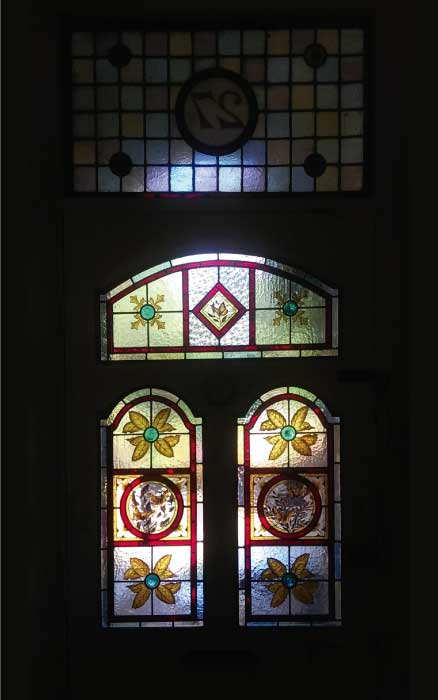 V24 VICTORIAN STAINED GLASS