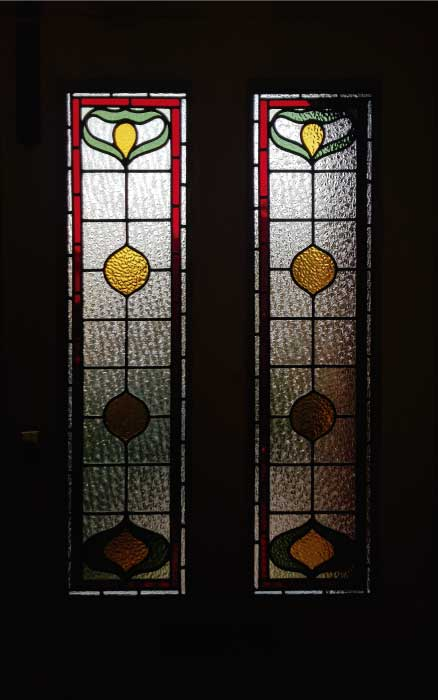E27 EDWARDIAN STAINED GLASS