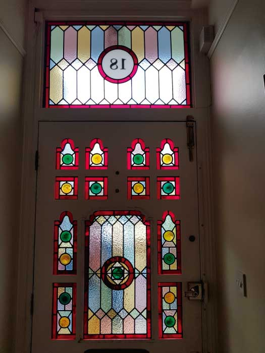 V35 VICTORIAN STAINED GLASS