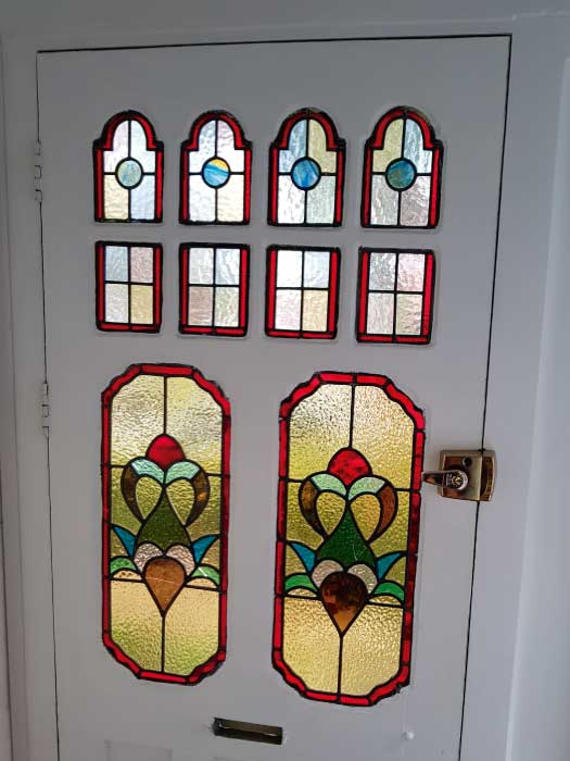 E31 EDWARDIAN STAINED GLASS