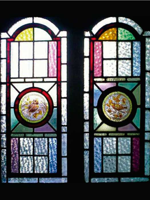 V4 VICTORIAN STAINED GLASS