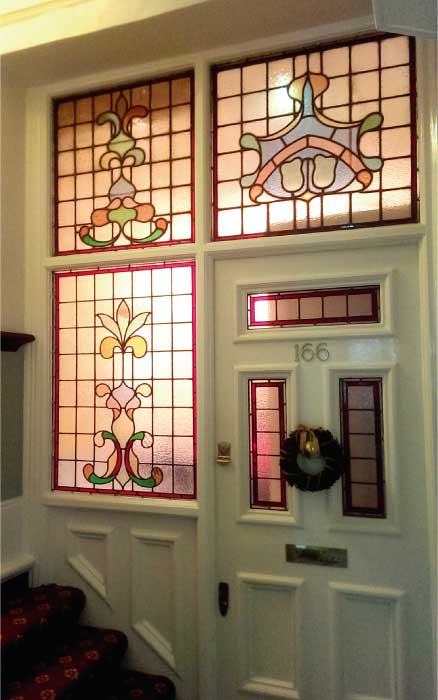 E20 EDWARDIAN STAINED GLASS