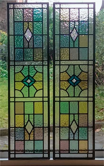 V18 VICTORIAN STAINED GLASS