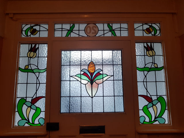 E37 EDWARDIAN STAINED GLASS