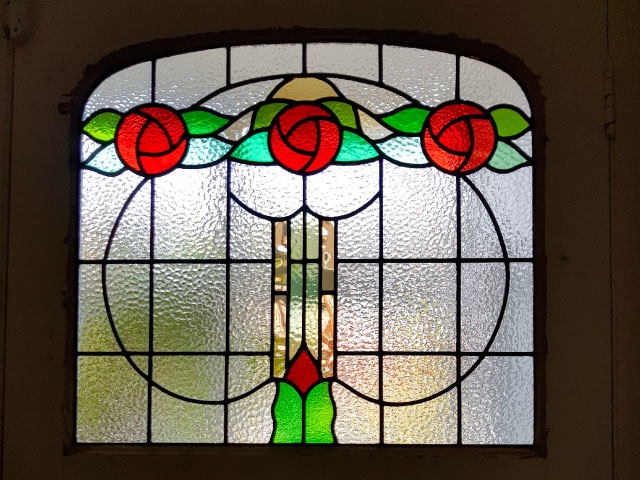 E38 EDWARDIAN STAINED GLASS