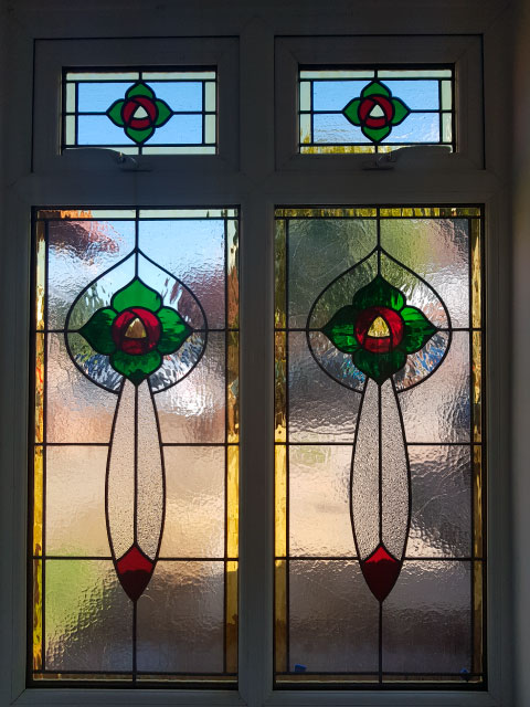 E40 EDWARDIAN STAINED GLASS