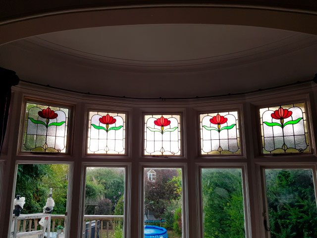 E41 EDWARDIAN STAINED GLASS
