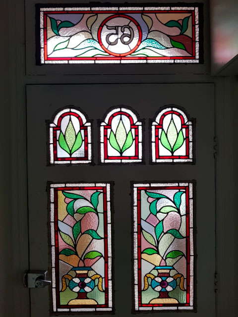 V45 VICTORIAN STAINED GLASS