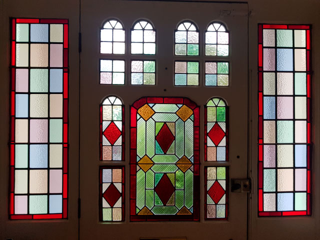 V53 VICTORIAN STAINED GLASS