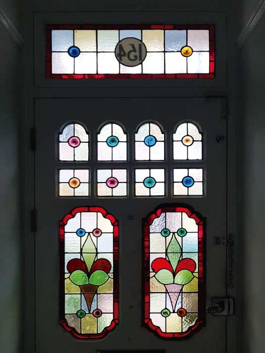 E50 EDWARDIAN STAINED GLASS