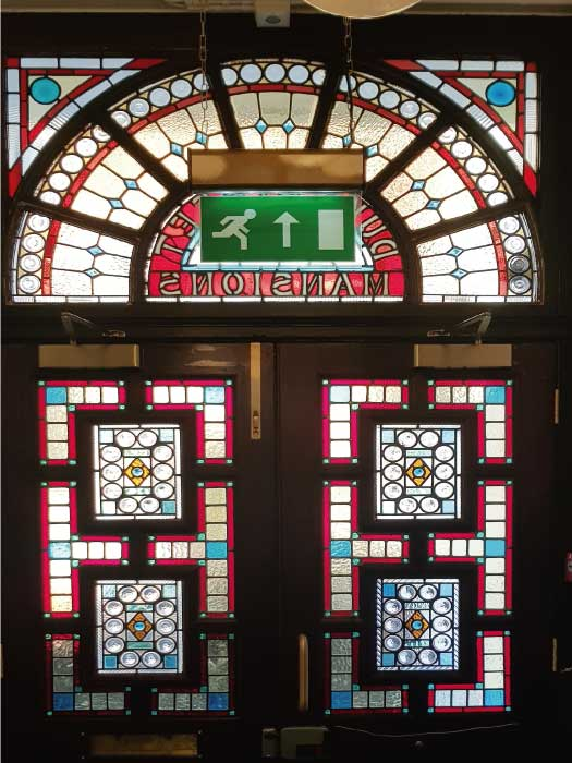 V55 VICTORIAN STAINED GLASS