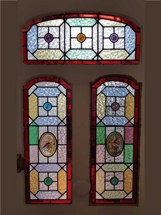 V59 VICTORIAN STAINED GLASS