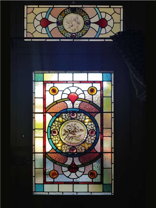 V61 VICTORIAN STAINED GLASS