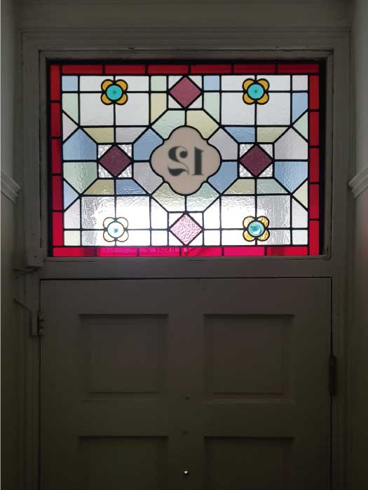 V66 VICTORIAN STAINED GLASS