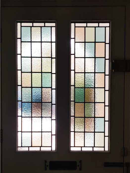 V67 VICTORIAN STAINED GLASS