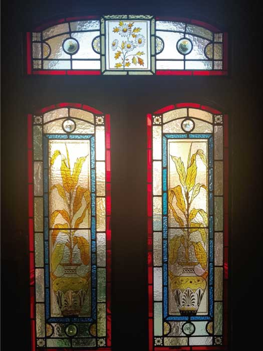 V68 VICTORIAN STAINED GLASS